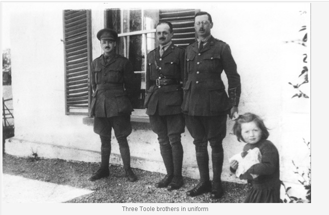 Three Toole Brothers in world war I uniforms