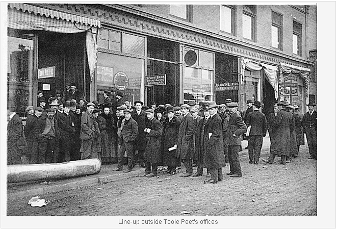 Line up outside Toole Peet office 1913