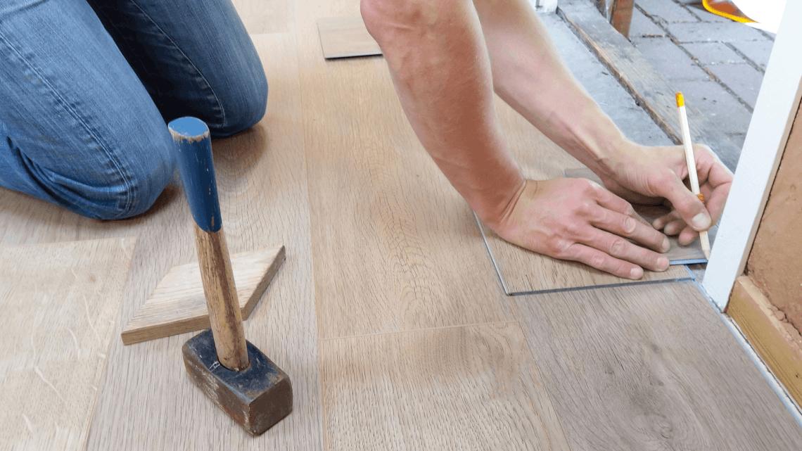 flooring contractor image